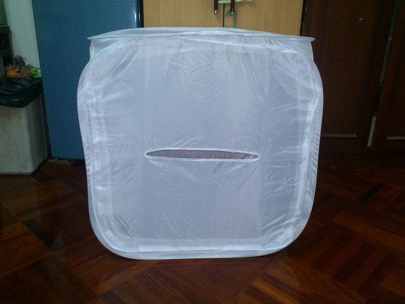 Light tent Studio เต็นท์สตูดิโอถ่ายรูป แบบสปริง ขนาด 80 x 80 x 80 ซม. พร้อมผ้า Background 4 สี ราคา 990 บาทเท่านั้น